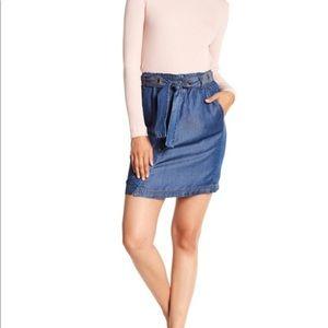 Splendid- Tencel Snap Button Paperbag Waist Skirt